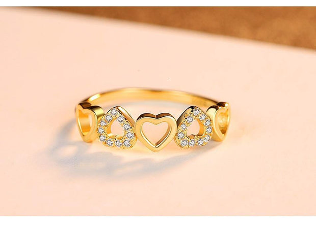 Five Hearts Love Ring - gonatag
