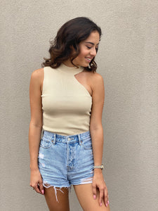 Asymmetric Bare Shoulder Top
