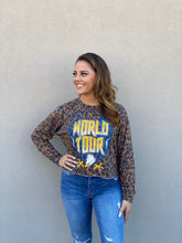 Load image into Gallery viewer, World Tour Leopard Cropped Pullover