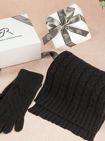 cashmere cable knit gloves in black