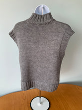 Load image into Gallery viewer, Chunky Knit Tank Top