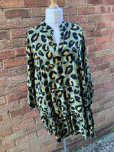 Load image into Gallery viewer, Leopard Tunic