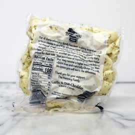 Hennings Curds: Garlic & Dill Cheddar Cheese Curds 10oz