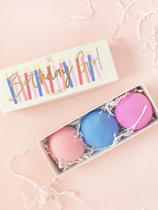 Birthday Girl bath bomb gift set