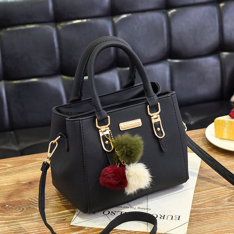 Fashionable Women's Hand Bag