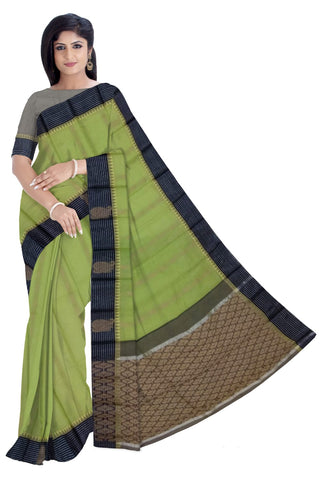 Gadwal Fancy Buta Saree W/B