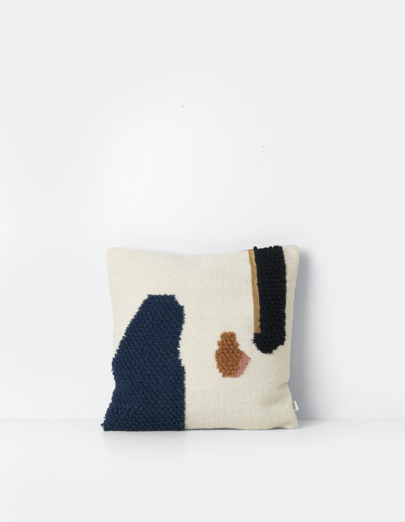 Loop Cushion - Mount & Landscape