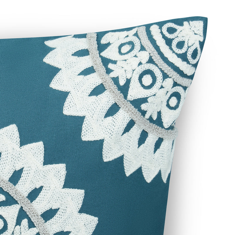 Green Ethnic Cushion Cover 45x45cm Embroidered Bohemian Indian Cushion Cover 18x18 inch Green Throw Pillow For Sofa Unique Cushion Covers For Home Décor