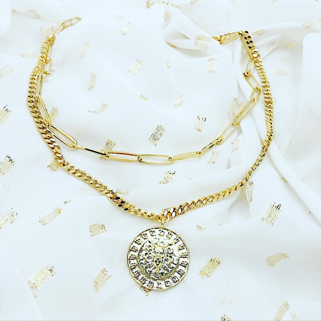 The lioness duo necklace