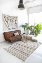 Load image into Gallery viewer, Lorena Canals Washable Rug Air Natural