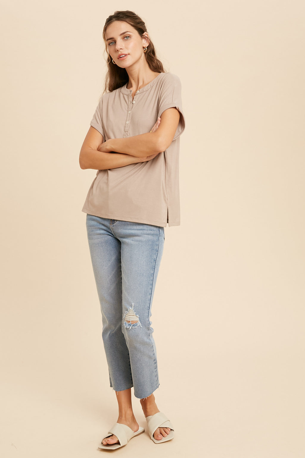 Sam Relaxed Knit Henley Tee - Mocha