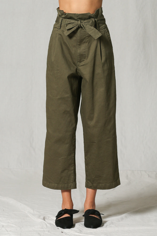 Pocketed High Rise Tie Trousers