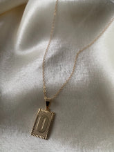 Lade das Bild in den Galerie-Viewer, PRE-ORDER Initial Necklace