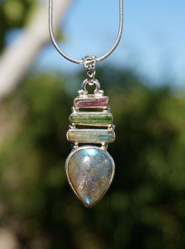 Tourmaline Pendant 6 with Labradorite
