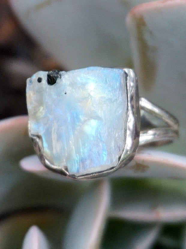 Free-form Organic Moonstone Ring 1