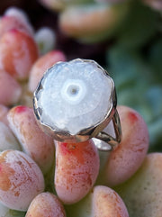 Round White Solar Quartz Gemstones Ring 1
