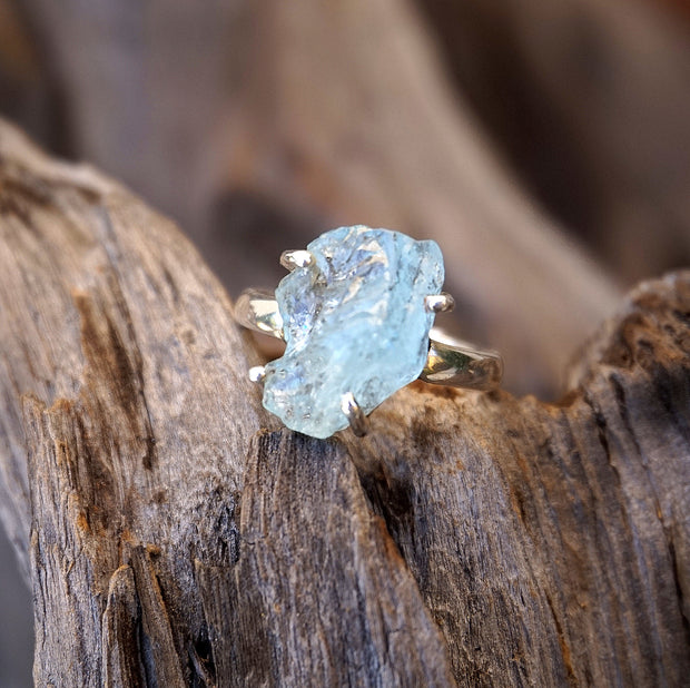 Aquamarine Ring 4