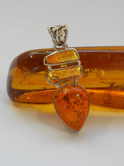Amber Pendant 3 with Pearl