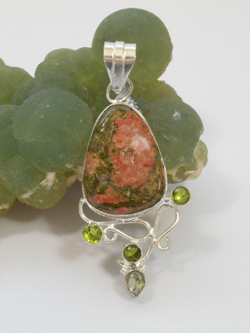 Unakite Pendant 7 with Peridot and Amethyst Quartz