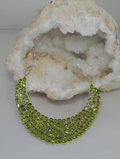 *Deluxe Peridot Collar Necklace 1