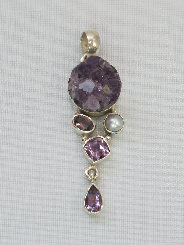 Amethyst Quartz Pendant 4 with Pearl