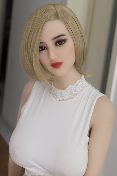 168cm 5ft6 E-cup Sex Doll Yemelina