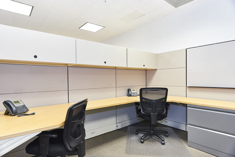 Raven Office Centers and Executive Suites at 388 Market Street in San Francisco | Coworking Workstation