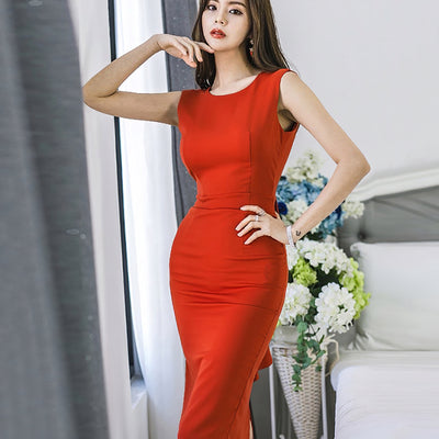 Sexy and elegant red DRESS