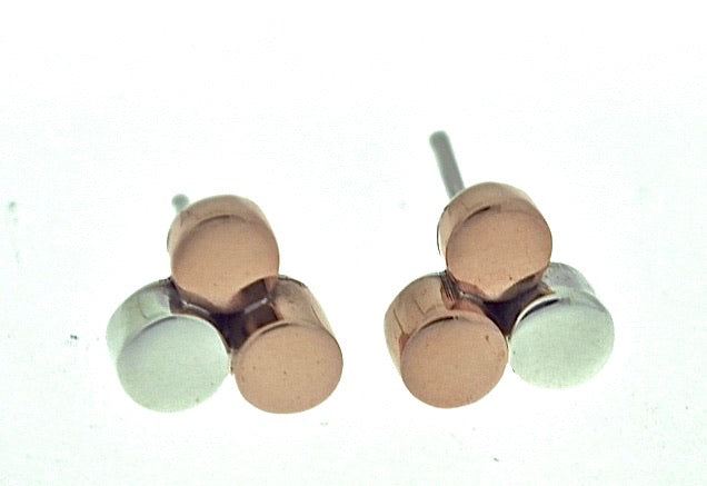 Silver Stud Earrings - A9104