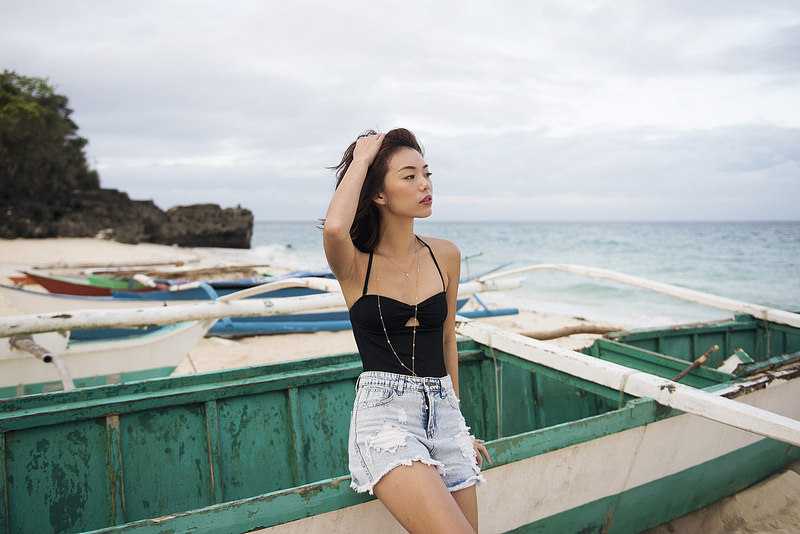 Andrea Chong beach style & jewellery
