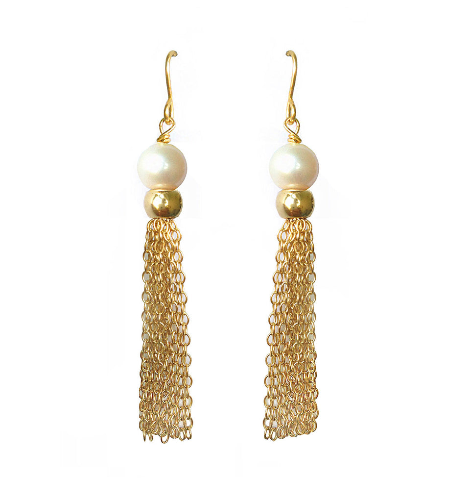 Fine jewellery: pearl earrings gold tassel earrings