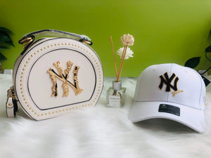 White Hat & Purse Set