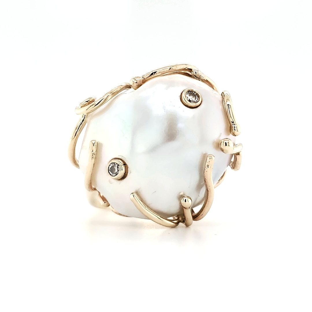 Fresh Water Pearl & Diamond Ring