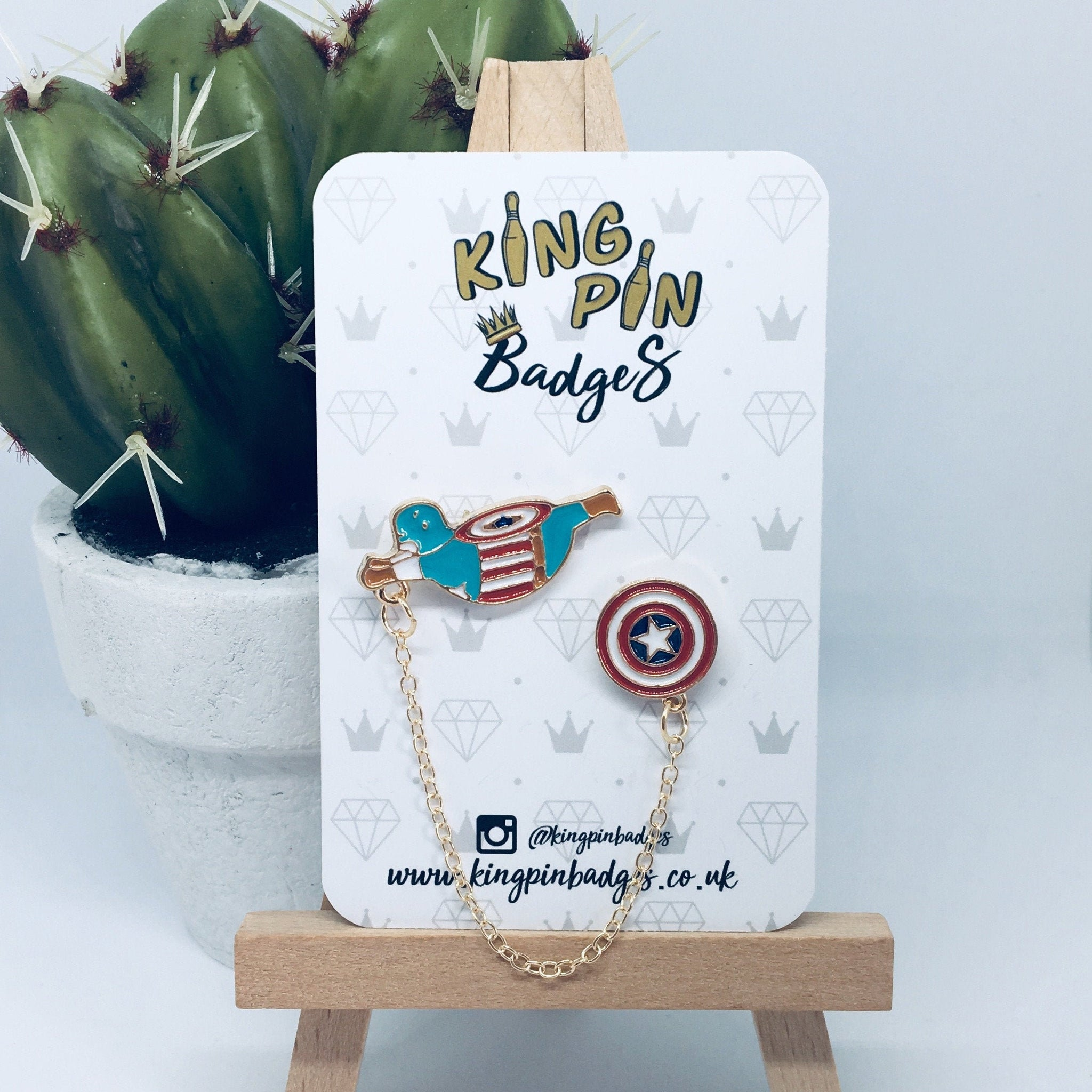 CAPTAIN AMERICA Enamel Pin Badge