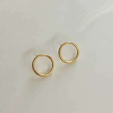 Goldie Circle Stud Earrings