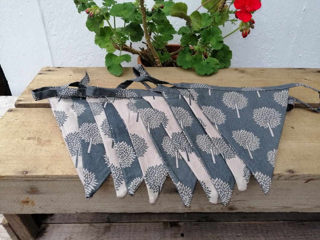 Mulberry Bunting