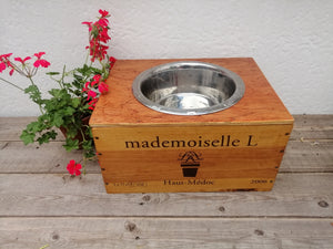 Wine Box Pet Feeder - Mademoiselle Frontage