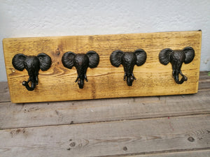 Scaffold Board Mounted Elephant Coat Hook Holder
