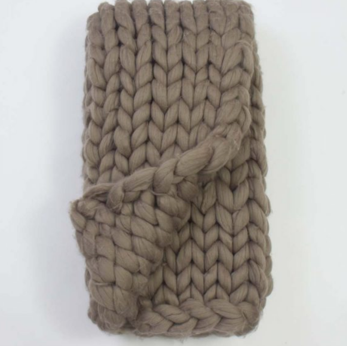 Erika Chunky Throw- Hazel