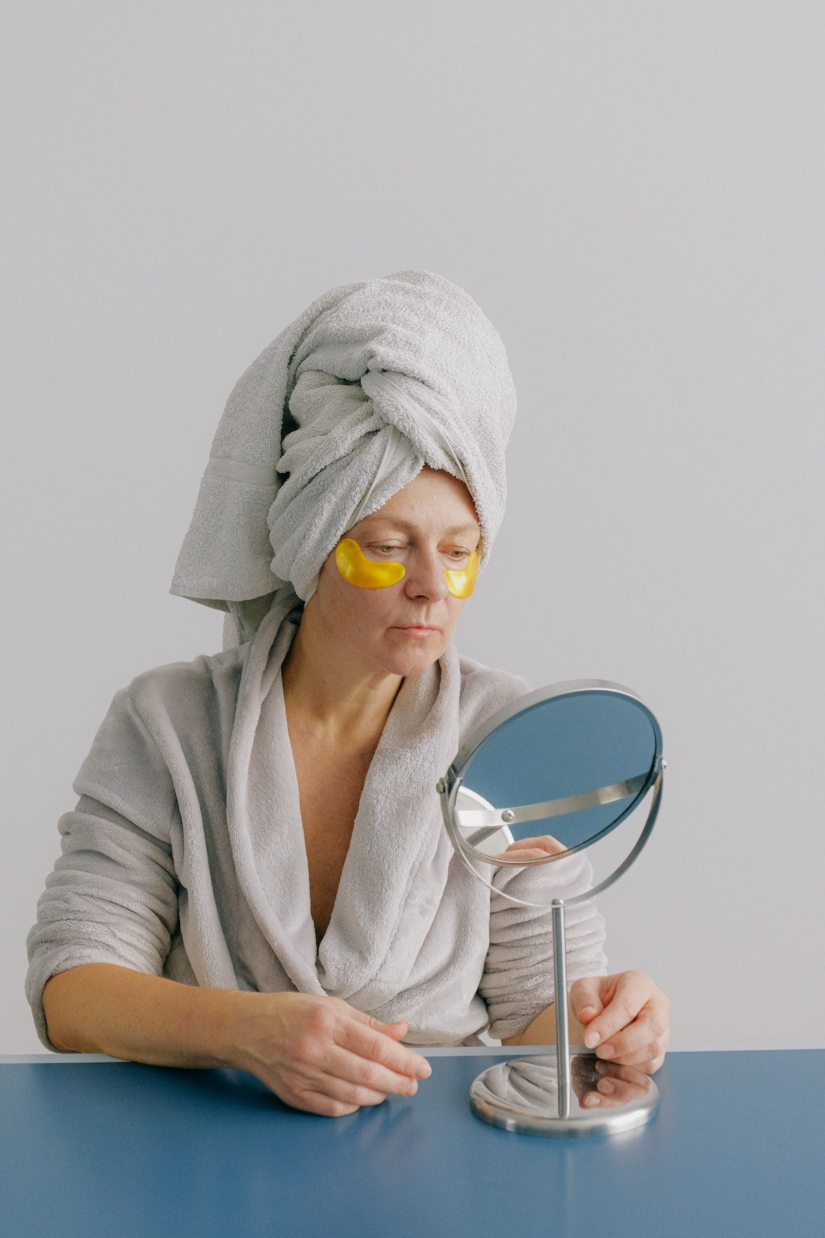 BRUSH ON BLOCK® image of woman in eye masks