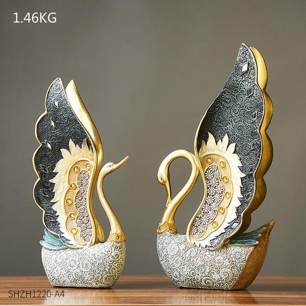 The Couple of Swan Statue is Innovative and Smart Home Decor pieces