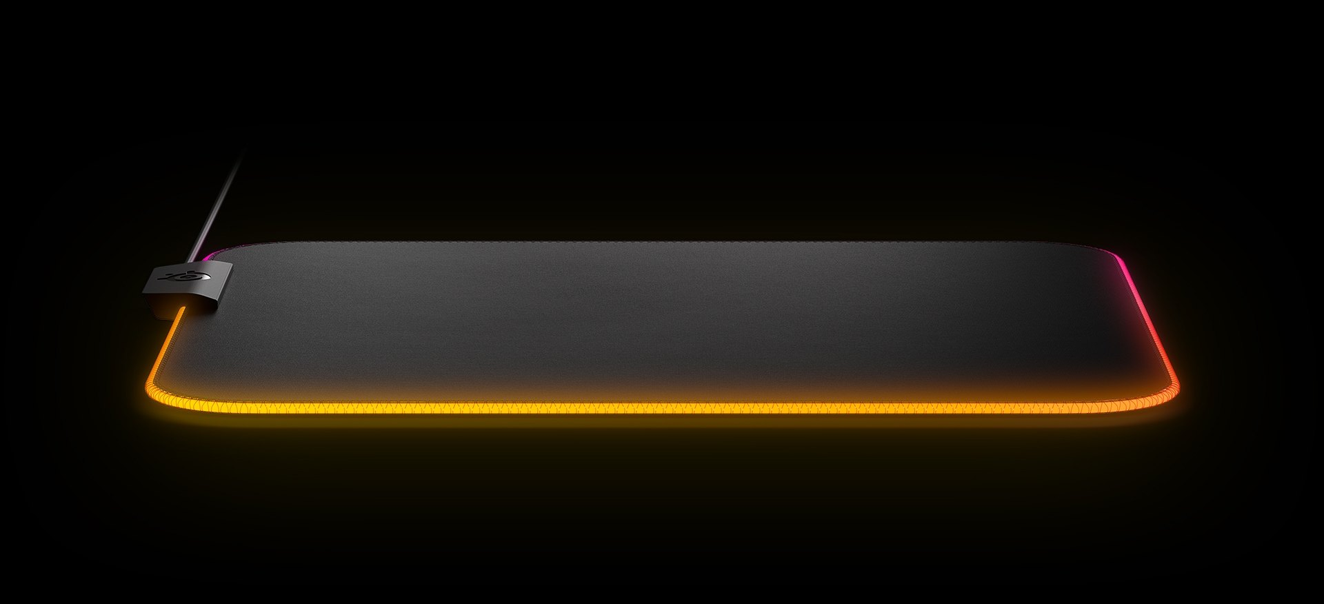 LIGHT UP THE BATTLEFIELD - SteelSeries Engine software unlocks an impressive arsenal of Engine Apps that make customization easy and intuitive. Unleash the full power of dynamic 2-zone RGB backlighting to create complex lighting effects in seconds.