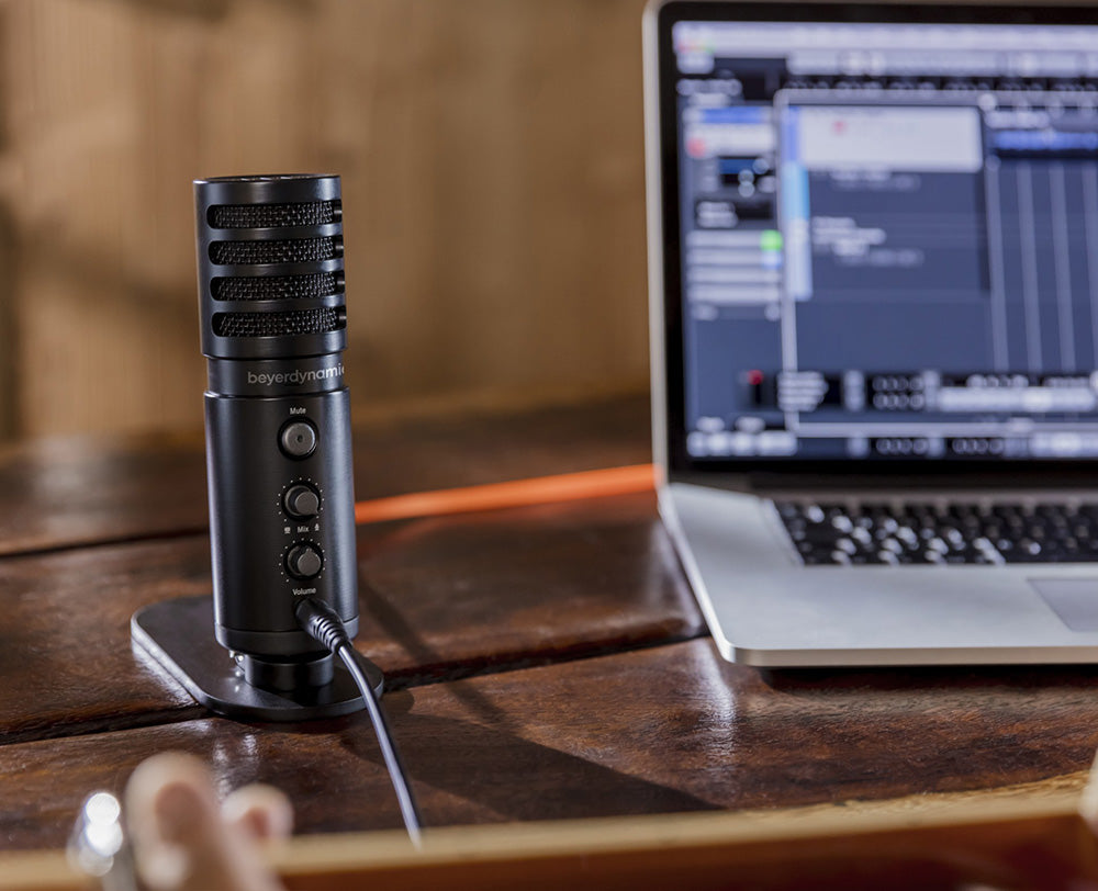 FOR  CREATORS - For home studio and mobile recordings Singer-Songwriters, Vocalists, Musicians, Podcasters, Gamers and YouTubers perform arts free of technical distraction.