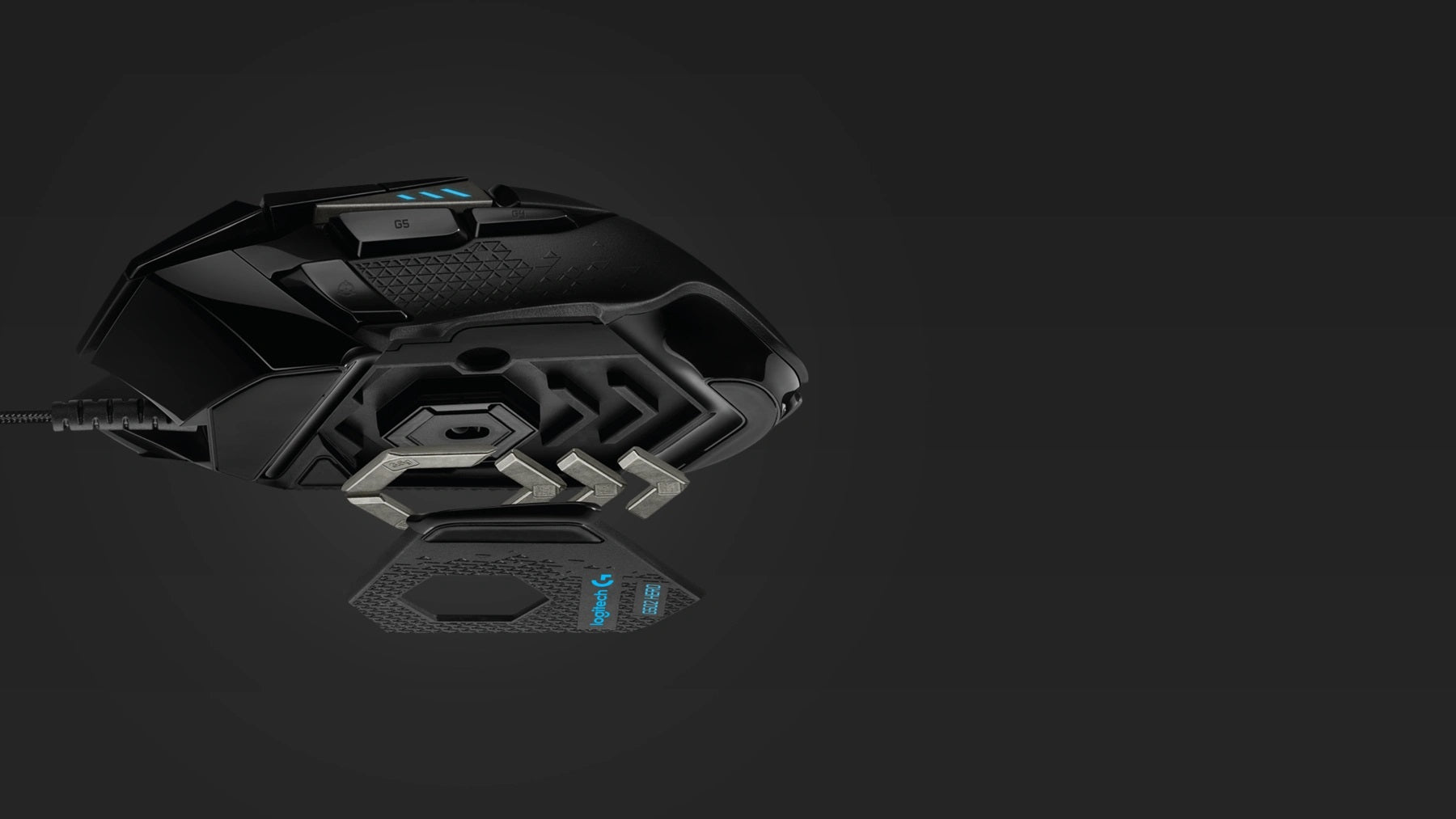 TUNABLE WEIGHT - Fine tune mouse feel and glide to your advantage. Five 3.6g weights come with G502 HERO and are configurable in a variety of front, rear, left, right and center weighted configurations. Experiment with the alignment and balance to find the sweet spot to optimize your gaming performance.