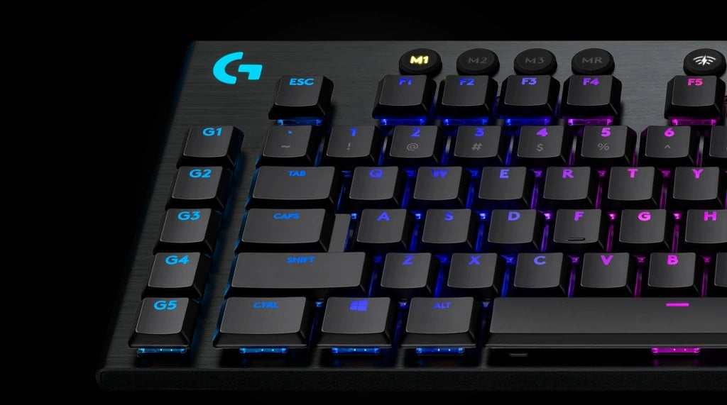 STRONG AND DURABLE - Brushed metal surfaces and oleophobic-coated keycaps are designed to minimize fingerprints. A steel-reinforced base gives G915 an unyielding strength to persevere under the most strenuous use.