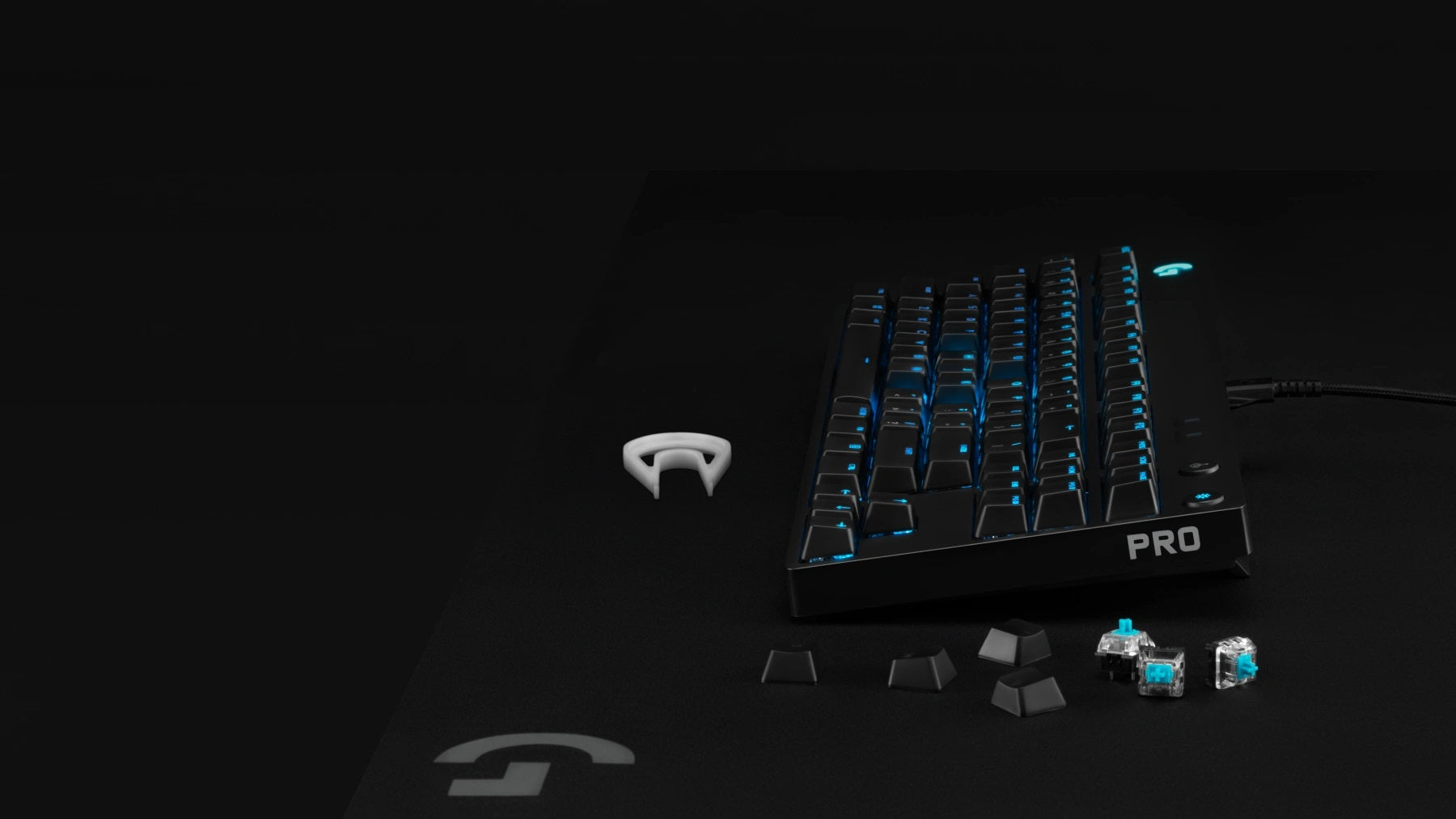 USER-SWAPPABLE PRO-GRADE SWITCHES - Advanced GX mechanical switches—engineered and 100% tested for performance, responsiveness, and durability. Customize the feel of your PRO X keyboard with three removable switch variants.  Choose from GX Blue Clicky, GX Red Linear or GX Brown Tactile.