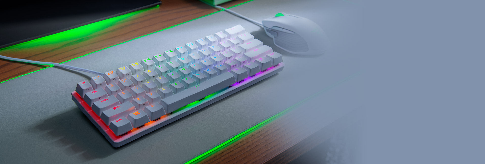 60% FORM FACTOR* The Razer Huntsman Mini doesn't have the function row, home cluster and numpad of a traditional full-sized keyboard, yet loses no functionality because all these inputs are still accessible via secondary functions and shortcuts. Ideal for minimalist or smaller setups where desk space is a premium, its compact build also means it travels well and is easier to position when gaming—allowing you to play more comfortably.