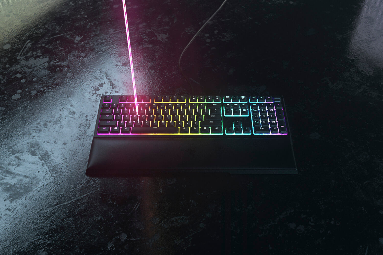 POWERED BY RAZER CHROMA RGB With 16.8 million colors and a suite of effects to choose from, the Razer Ornata V2 not only has deep customization, but offers greater immersion with dynamic lighting effects as you game on Chroma-integrated titles.