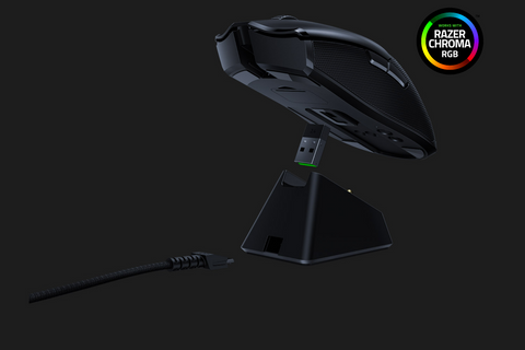 Viper Ultimate with Charging Dock, Razer Chroma RGB enabled.