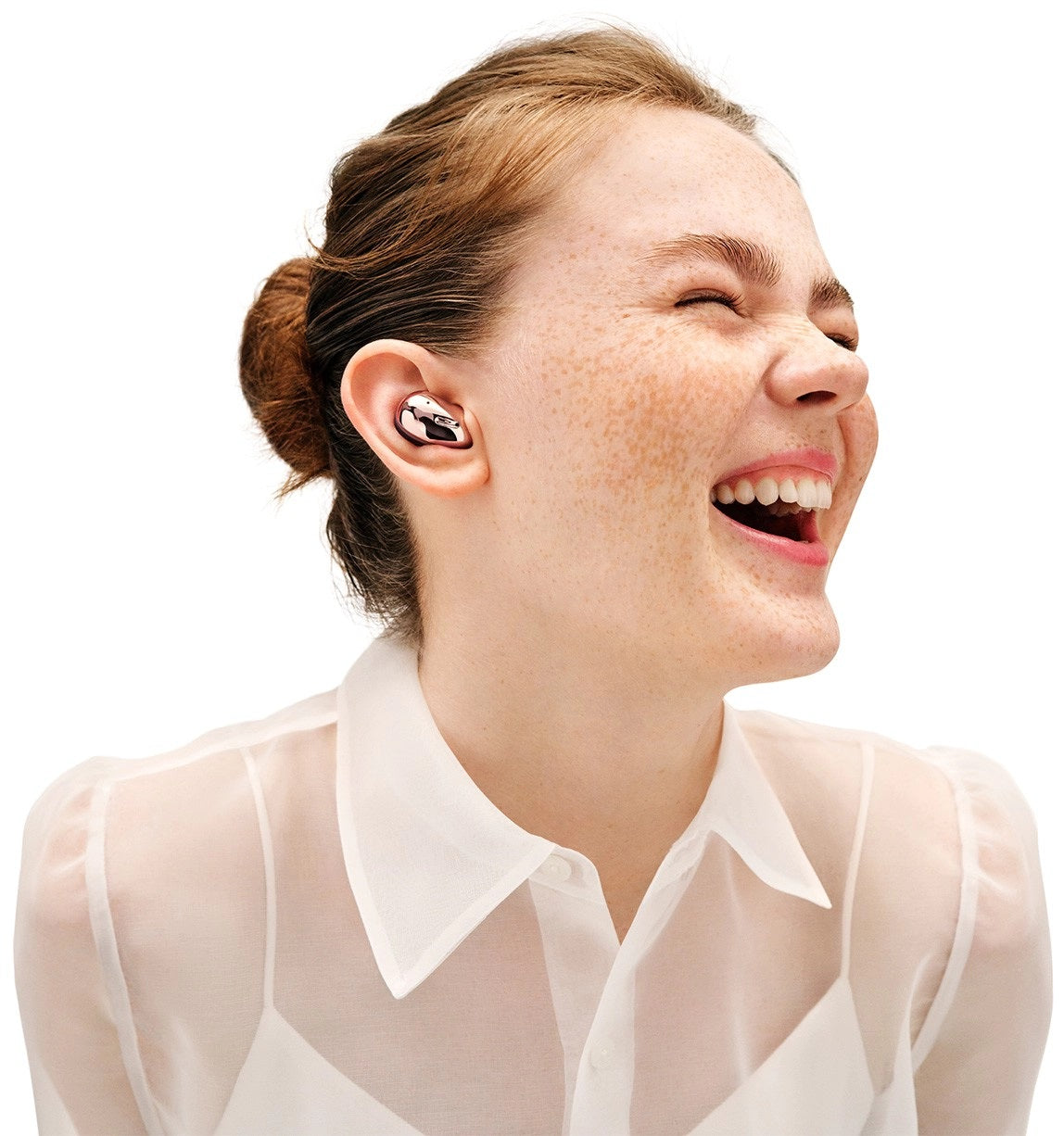 Introducing Galaxy Buds Live  - Earbuds designed to tune in to every moment. With an iconic shape and ergonomic design, the adaptive fit lets in desired sounds from your natural surroundings, and a dynamic speaker system optimised for a better experience. This is sound made just for your ears.